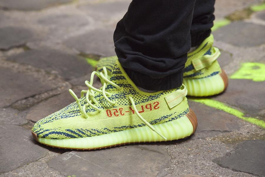 Yellow Frozen 'semi Zebra Rwrqxvr 350 Adidas Gum' V2 Yeezy Boost KJlFc1T3