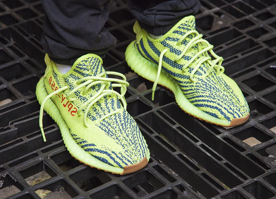 chaussure-adidas-yeezy-350-boost-semi-frozen-yellow-B37572 (4)