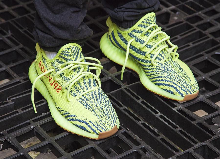chaussure-adidas-yeezy-350-boost-semi-frozen-yellow-B37572 (4)