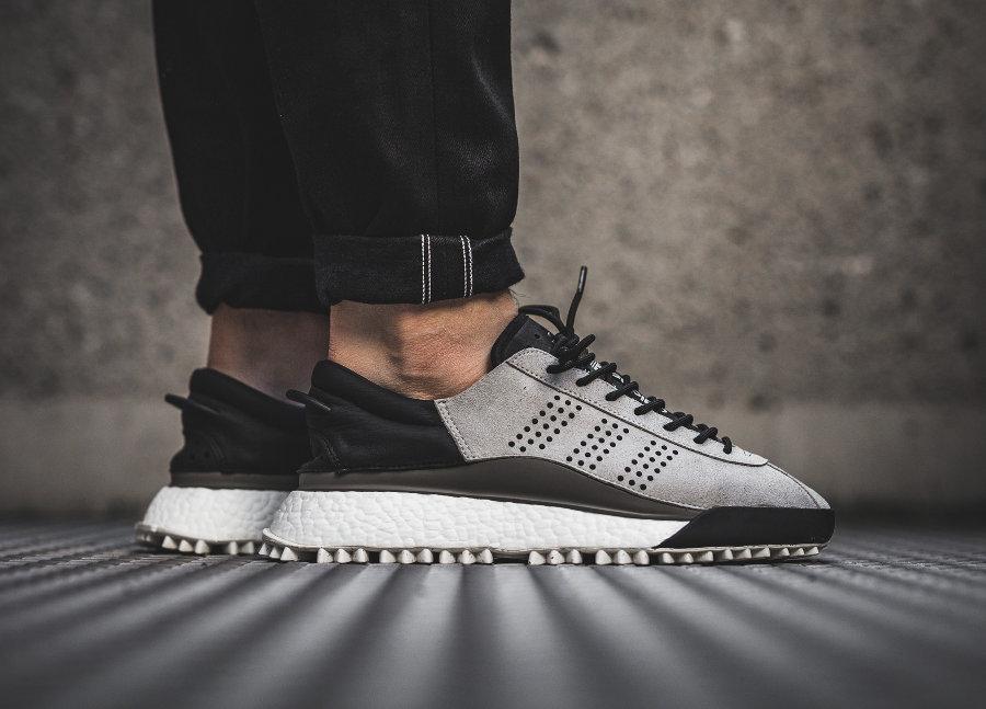 chaussure-alexander-wang-adidas-hike-lo-simple-brown-AC6842