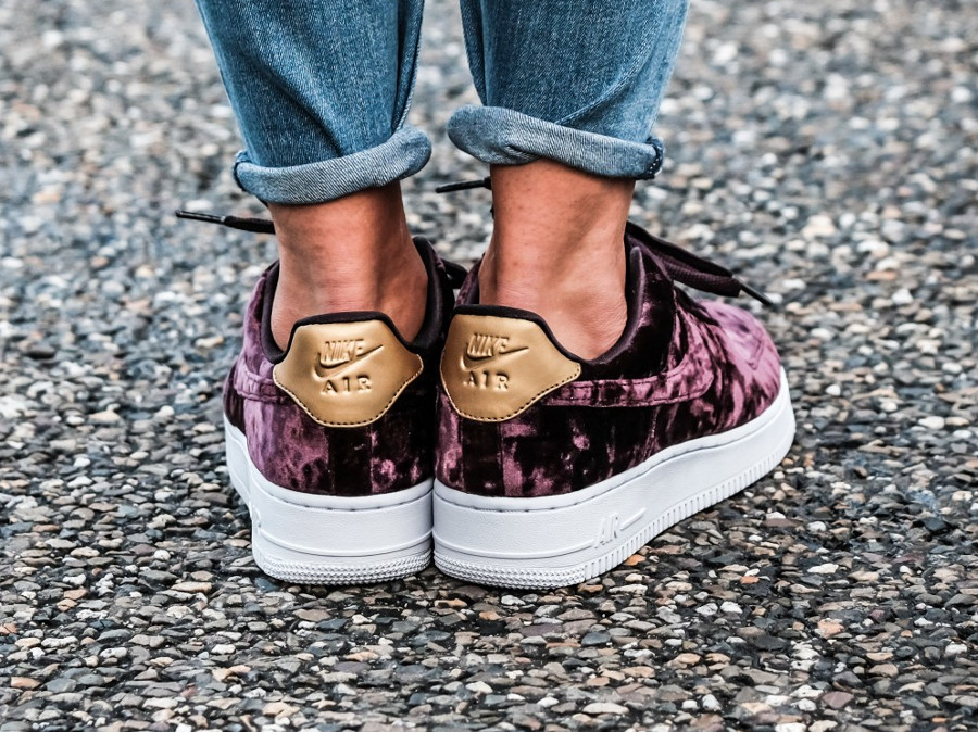 nike air force 1 femme velours