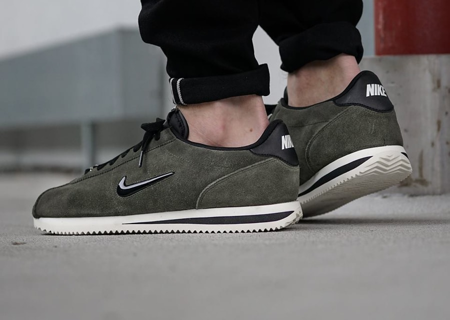 Nike Cortez Basic Jewel Suede 'Cargo Khaki & Dusty Peach'