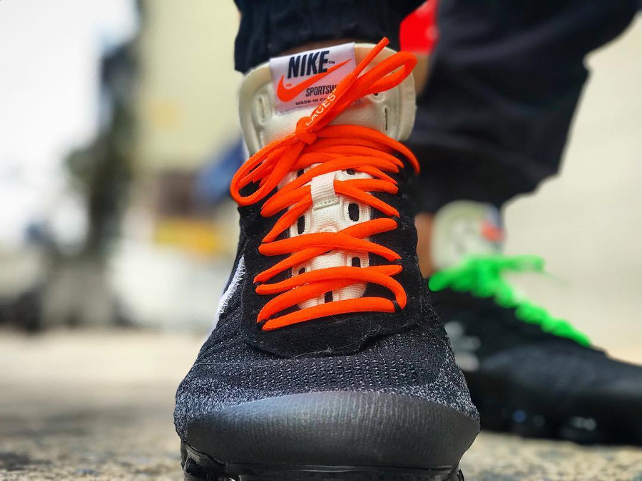 chaussure-off-white-nike-air-vapormax-revealing-the-ten-AA3831-001 (3)