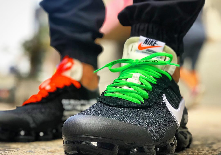 chaussure-off-white-nike-air-vapormax-revealing-the-ten-AA3831-001 (4)
