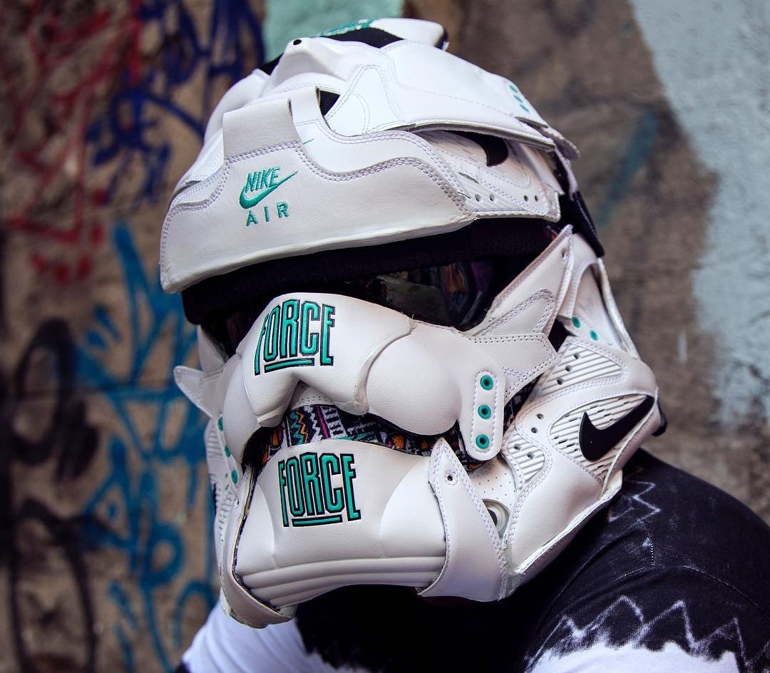 masque-nike-air-command-force-og-stormtrooper