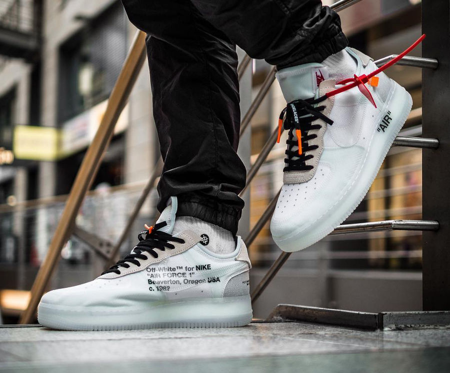 off-white-nike-air-force-1-basse-transparente-virgil-abloh-AO4606-100 (1)