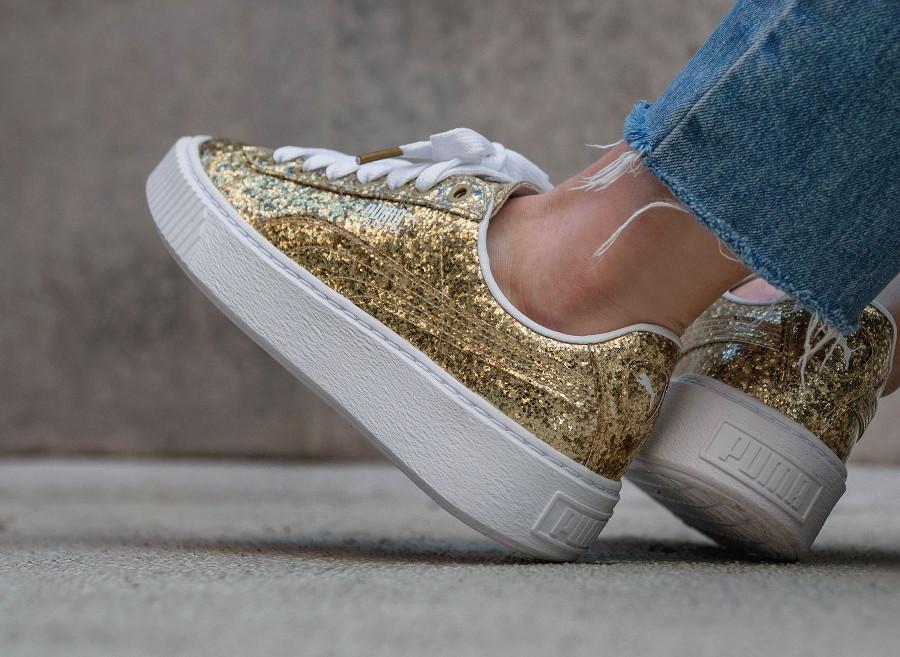 puma-basket-platform-glitter-dorée-gold-364093 02 (1)