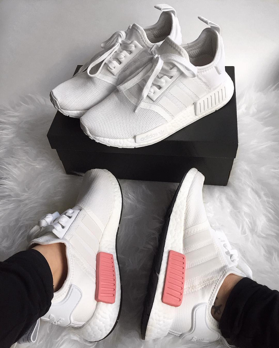 Adidas NMD R1 W White Icey Pink pour fille en feet - @easyadidas