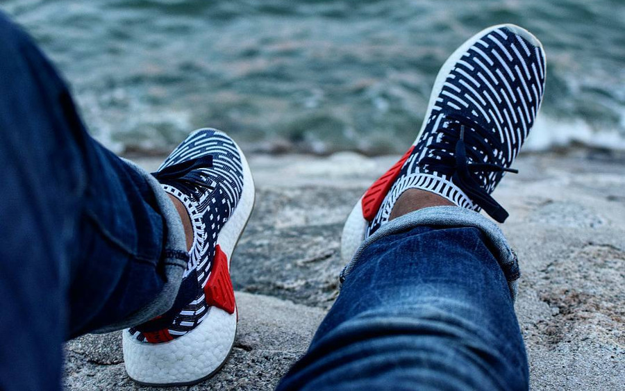 Adidas NMD R2 - @shah__ri