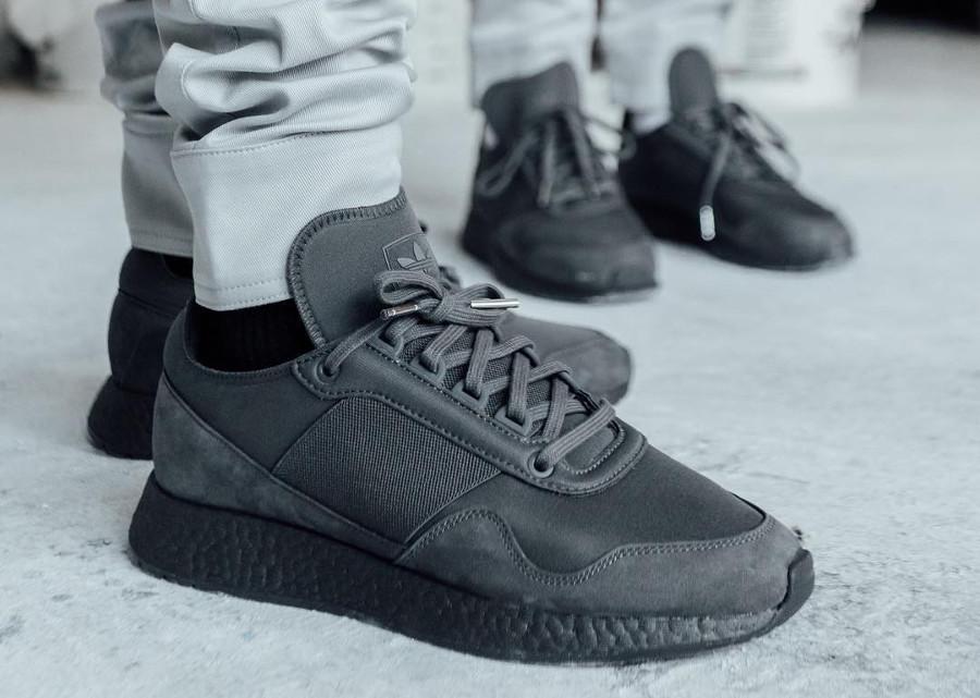Adidas New York Arsham - @jf13nd