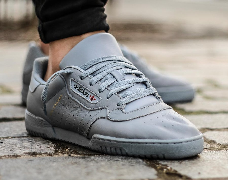 Adidas Yeezy Calabasas Grey - @cedric_castex