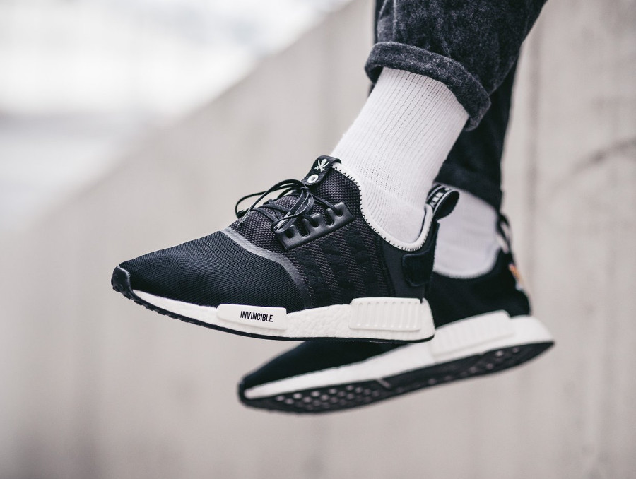 Chaussure Invincible x Neighborhood x Adidas Consortium NMD R1 'Souvenir Jacket' (4)