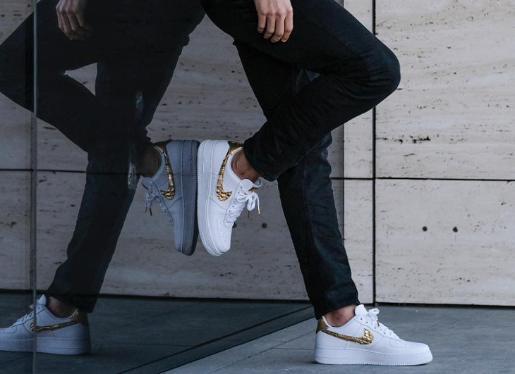 Cristiano Ronaldo en Air Force 1 Golden Patchwork
