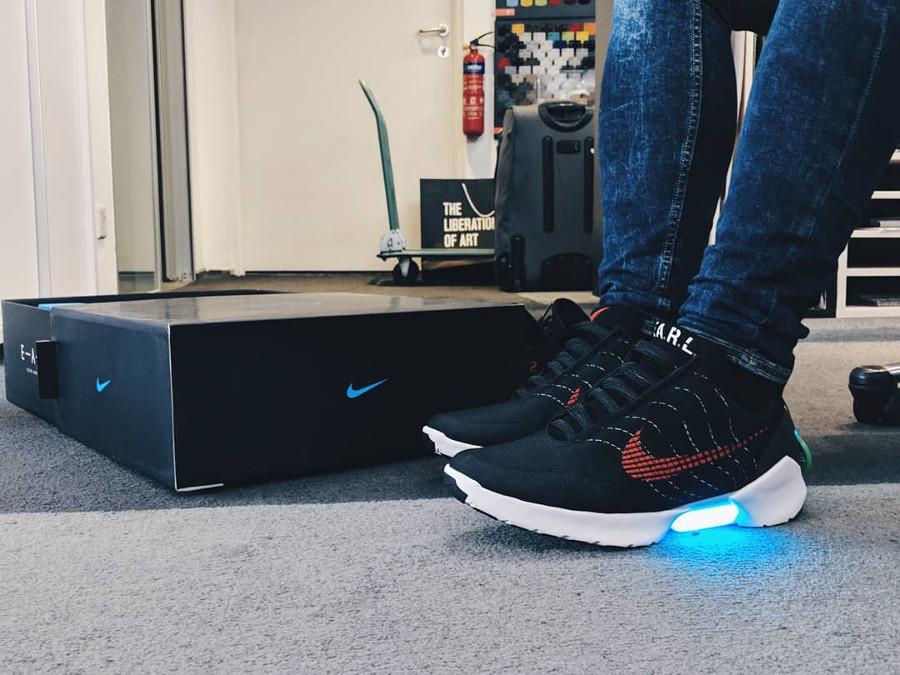Nike Hyperadapt 1.0 University Red - @hey_ken