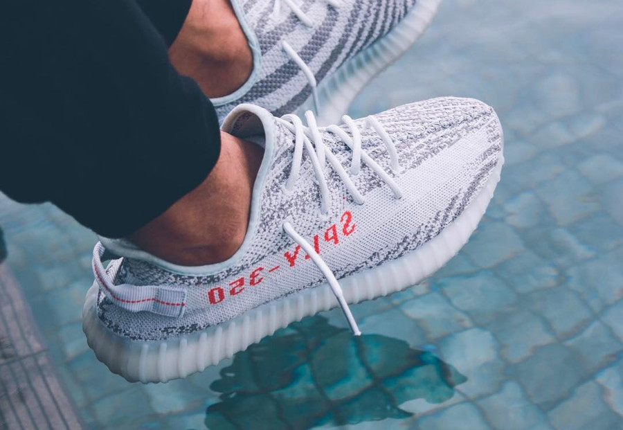 Pourquoi acheter la Adidas Yeezy 350 Boost V2 Blue Tint Icy ?