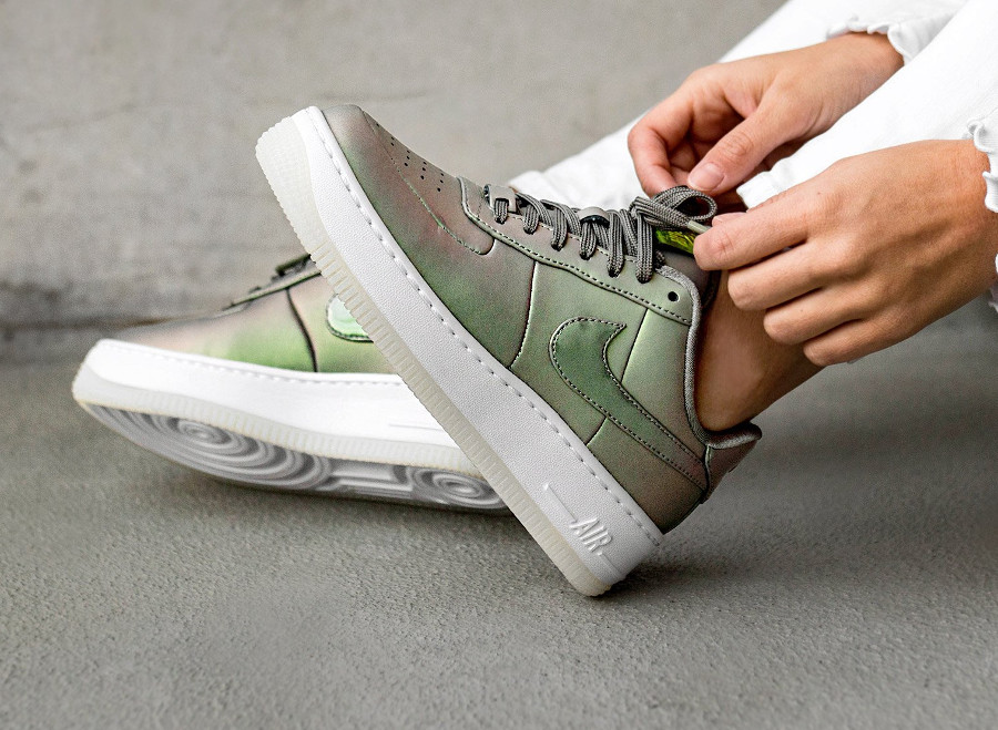 Nike Wmns Air Force 1 Upstep Premium LX 'Dark Stucco'