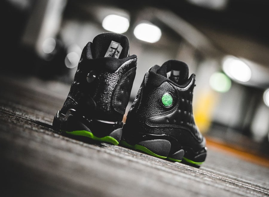 basket-air-jordan-13-retro-black-altitude-green-414571-042 (1)