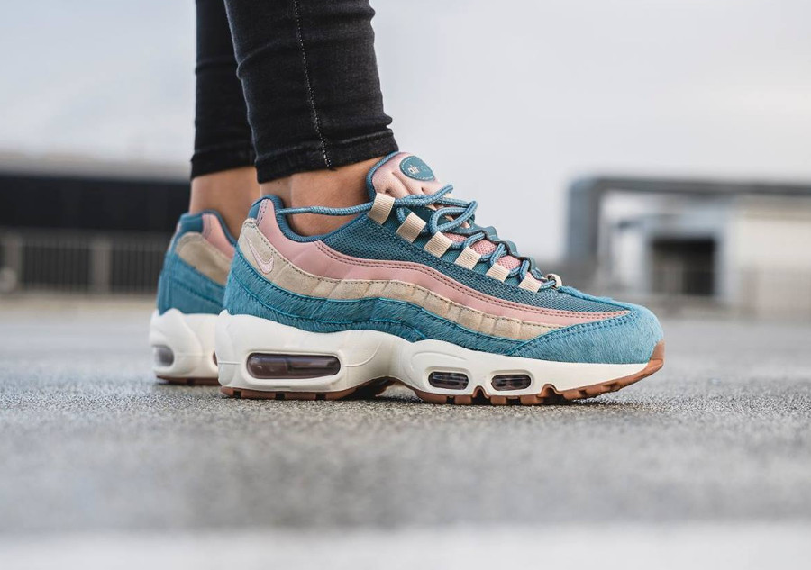 50% price well known limited guantity Avis] Nike Air Max 95 LX 'Smokey Blue Mushroom' Embossed Fur