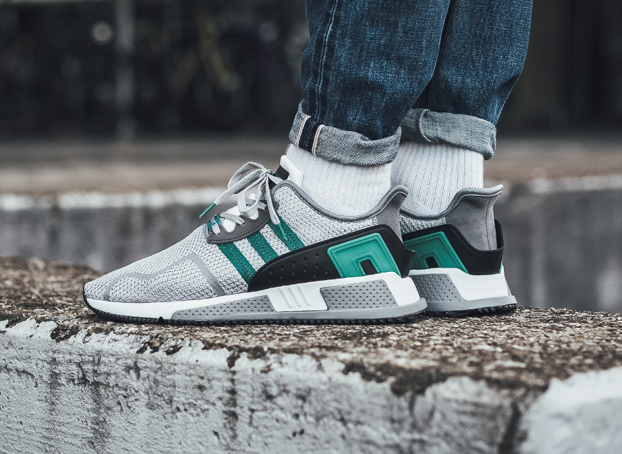 new product fbfe3 b1e49 Chaussure Adidas EQT Cushion ADV 91-17 Grey Two Sub Green on feet