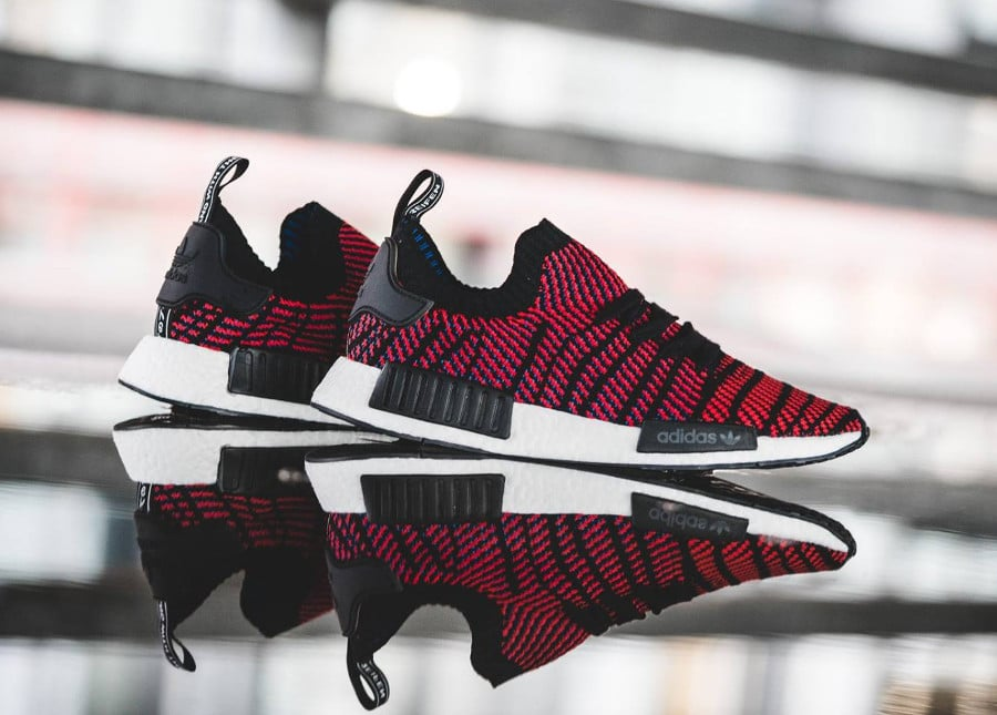 chaussure-adidas-nmd-r1-STLT-primeknit-black-core-red- (1)