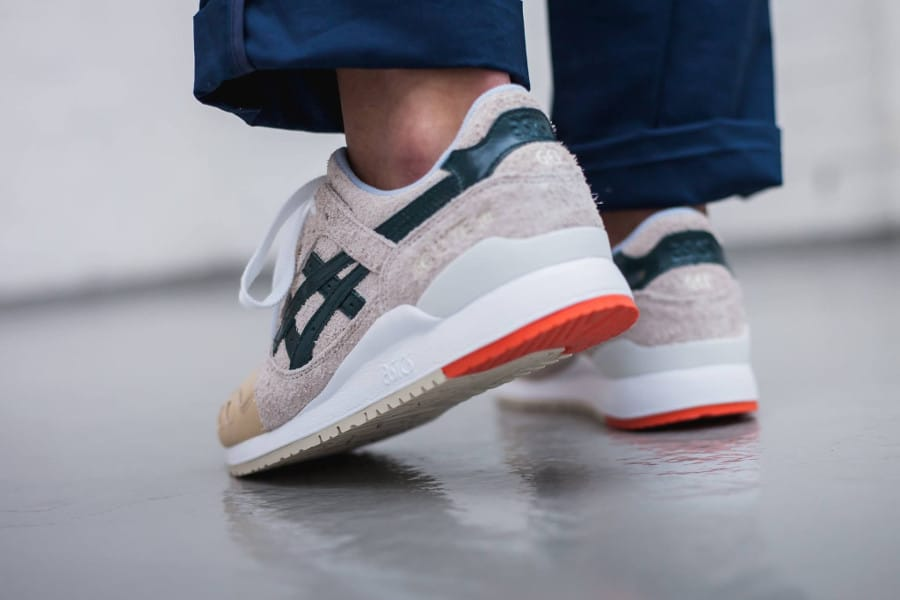 chaussure-asics-gel-lyte-3-x-mas-birch-hampton-green-on-feet-homme-HL7S1-0285 (1)