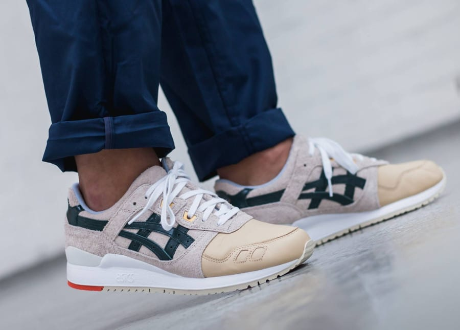 La Chaussure Asics Gel Lyte 3 Birch Hampton Green (cuir et daim beiges, tiger stripe vert) du pack Christmas 2017
