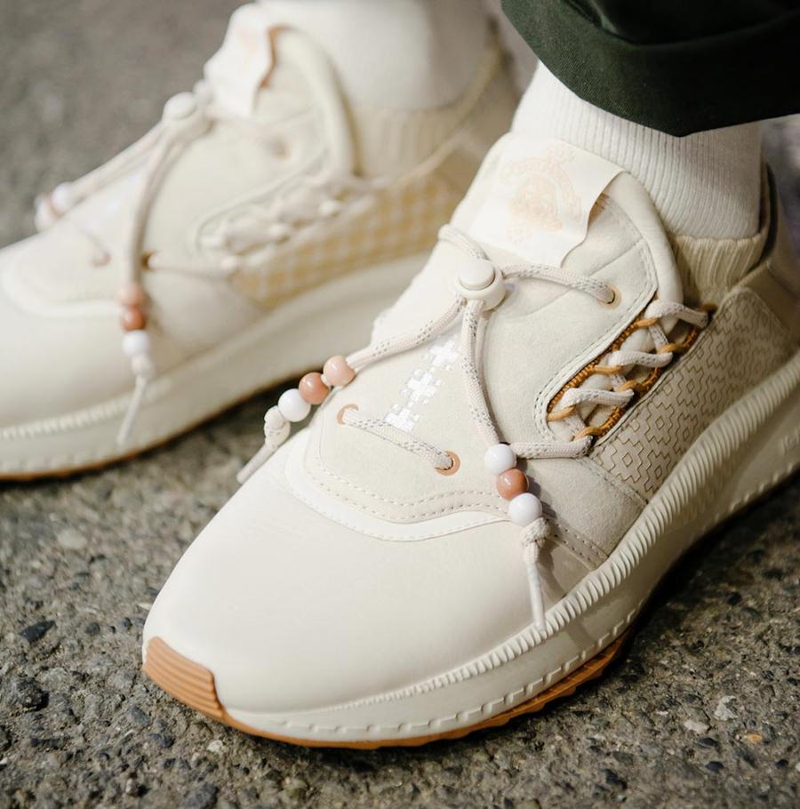 chaussure-footpatrol-puma-tsugi-shinsei-sashiko-birch-beige-on-feet (3)