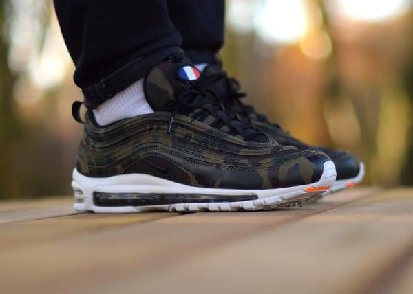 low priced 3ba12 db40e Chaussure Nike Air Max 97 PRM France Country Camo QS (édition limitée vert  olive avec