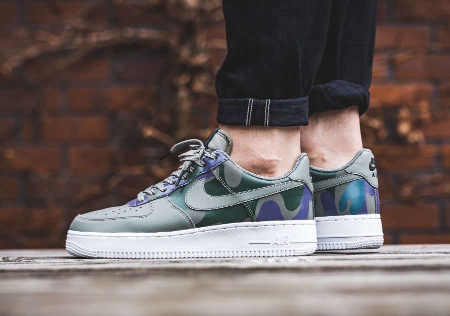 Nike Air Force 1 Low 07 LV8 Country Camo Dark Stucco