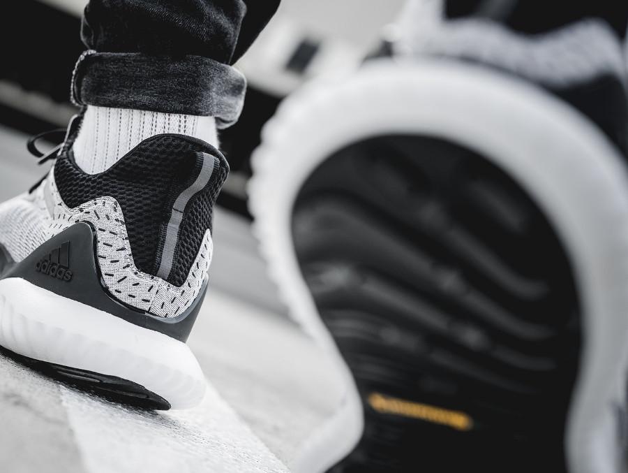 Adidas Alphabounce Beyond 2018 White Black (2)