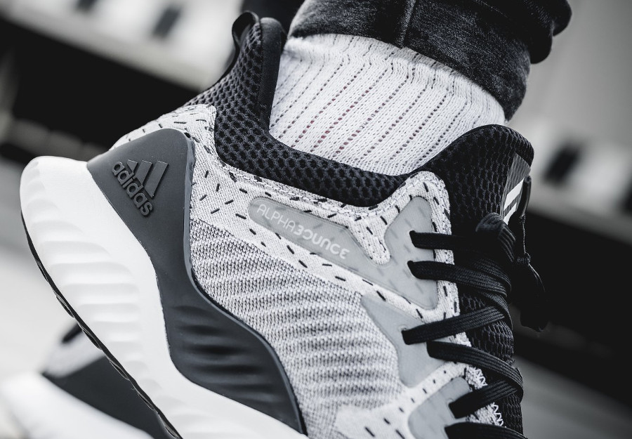 Adidas Alphabounce Beyond 2018 White Black (4)
