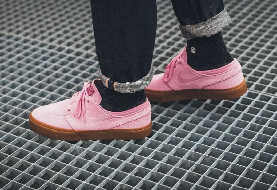 Basket Nike SB Janoski Suede Elemental Pink Brown (1)