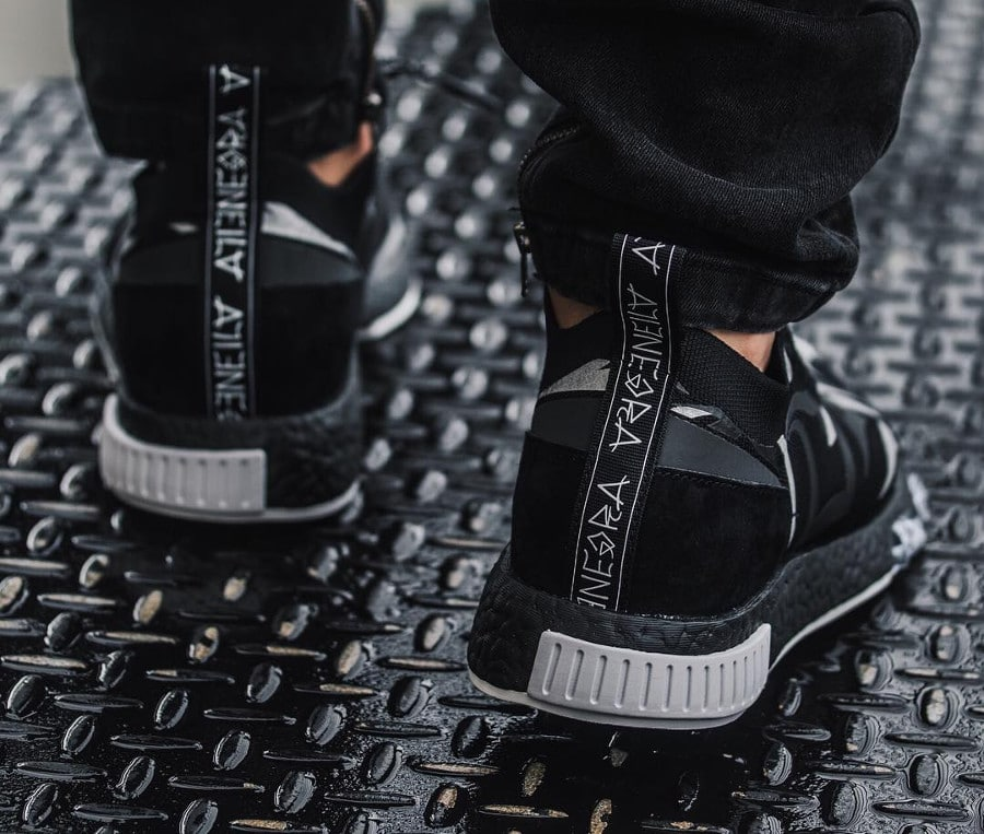Chaussure Juice x Adidas NMD Racer Alienegra Core Black (2)