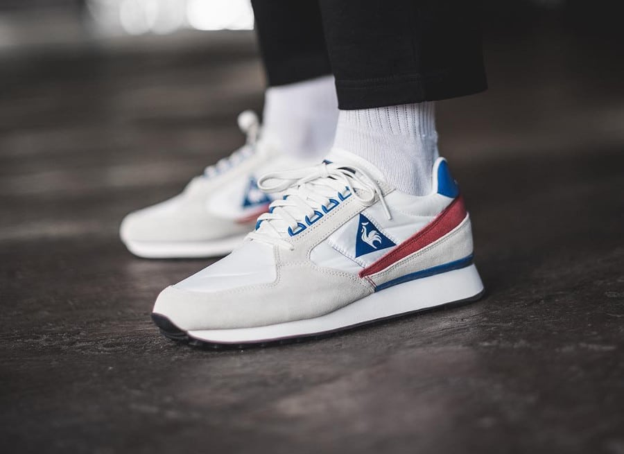 Chaussure Le Coq Sportif Eclat Nylon 2018 Marshmallow White Red Blue on feet (1)