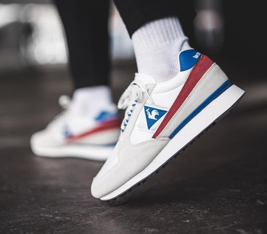 Chaussure Le Coq Sportif Eclat Nylon 2018 Marshmallow White Red Blue on feet (2)