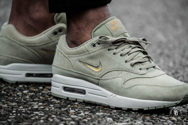 Nike Air Max 1 Premium SC 'Beige' Neutral Olive Gold