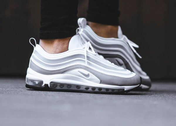 Chaussure Nike Air Max 97 Ultra 17 Grise Pure Platinum (femme)