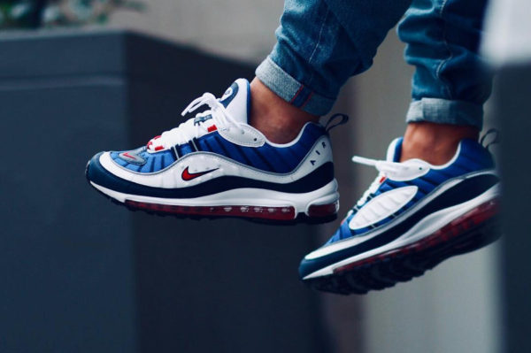 buy popular 1f538 9e9c5 Chaussure Nike Air Max 98 OG Gundam 2018 on feet