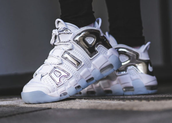 Chaussure Nike Air More Uptempo Scottie Pippen Chrome femme (Air Silver Metallic)