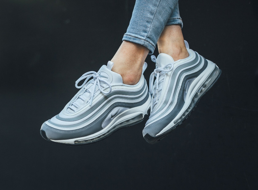 Chaussure Nike Wmns Air Max 97 UL '17 White Pure Platinum (1)