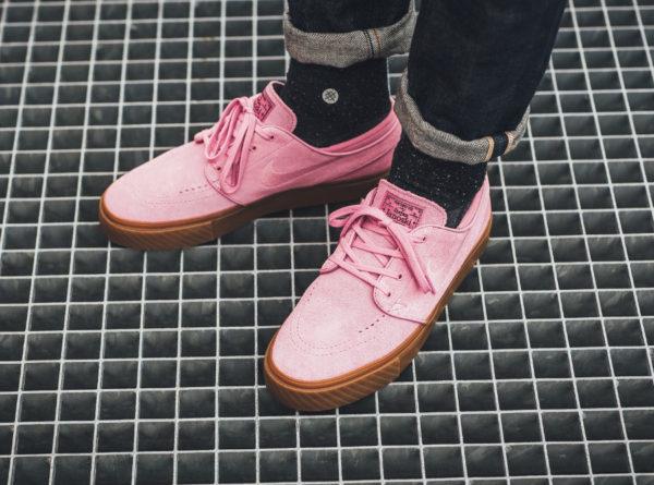 Chaussure Nike Zoom SB Stefan Janoski Elemental Pink (suède rose et semelle marron)