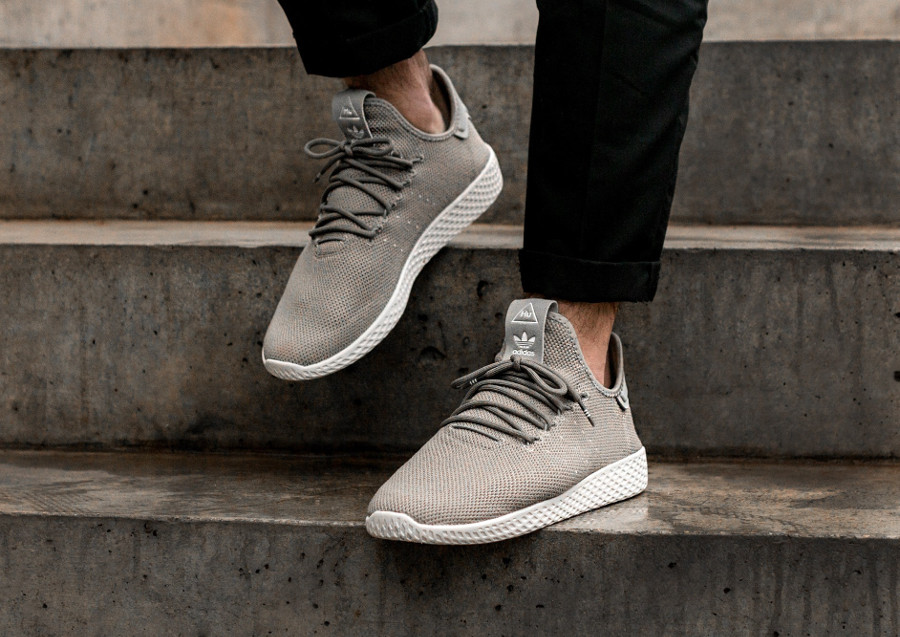 Pharrell Williams x x Williams adidas PW Tennis HU 'Tech Beige' quel avis avoir  bae27f