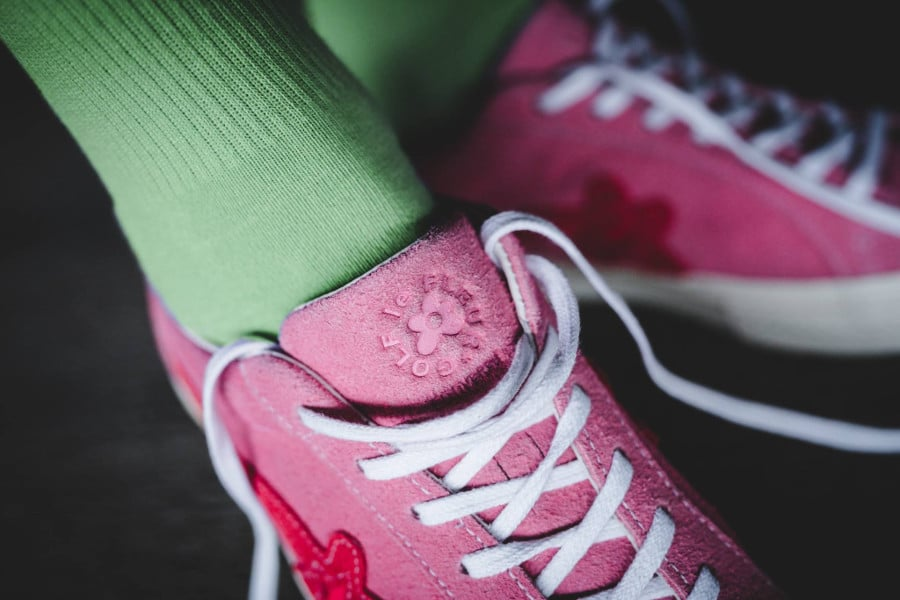 Chaussure Tyler The Creator x Converse One Star rose Geranium Pink (1)