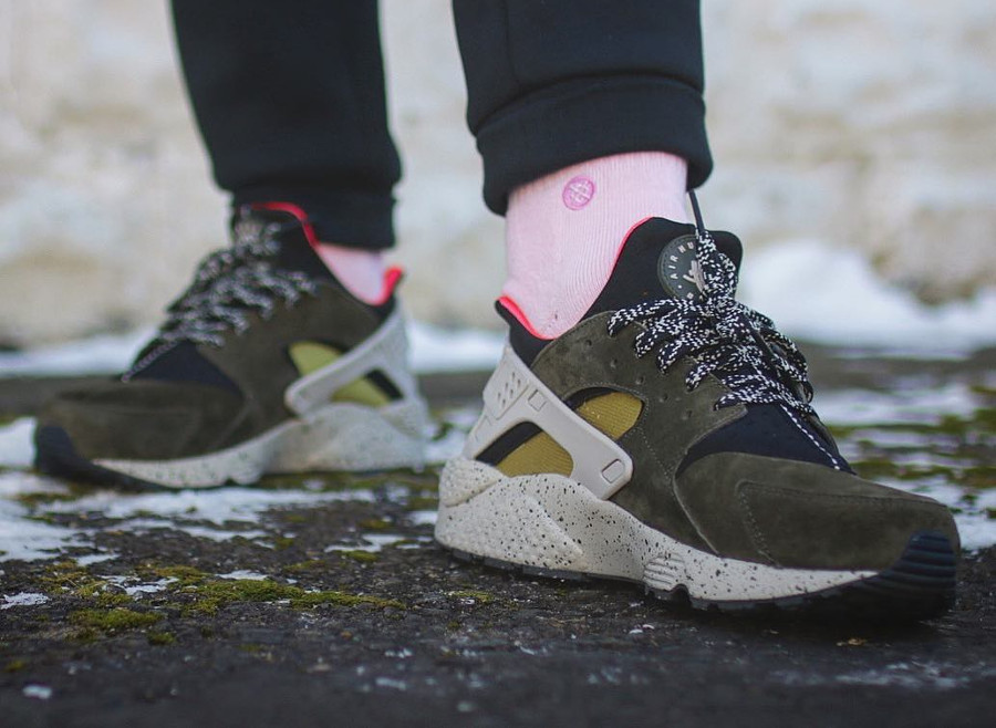 Nike Air Huarache Earth Tones - @huggs1028