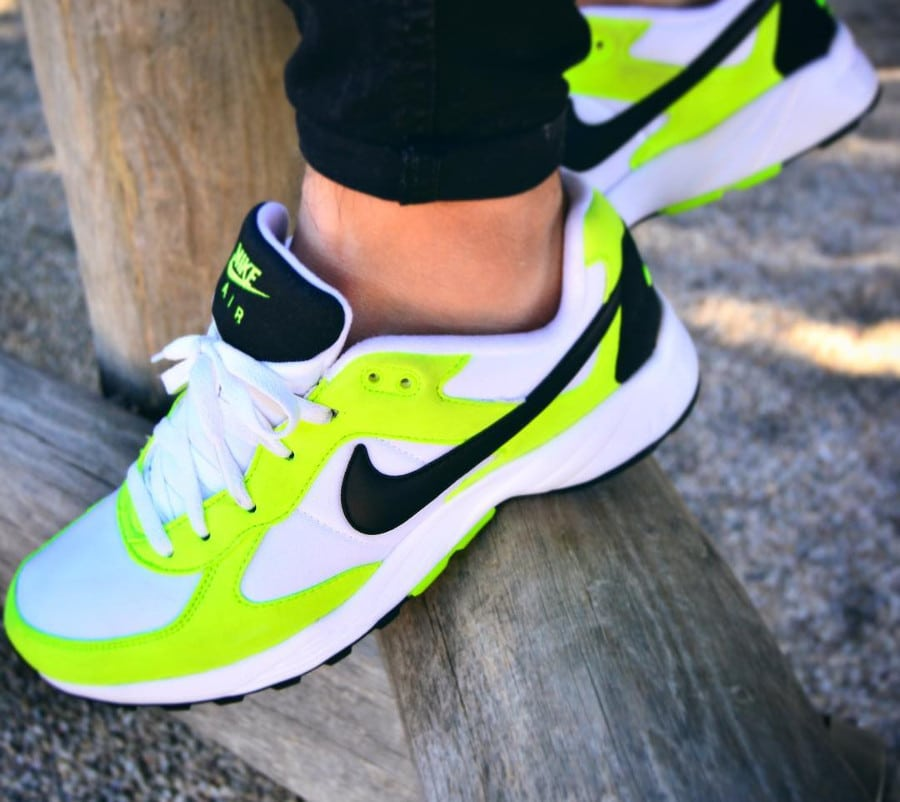 Nike Air Icarus Cactus on feet - @la_dobler