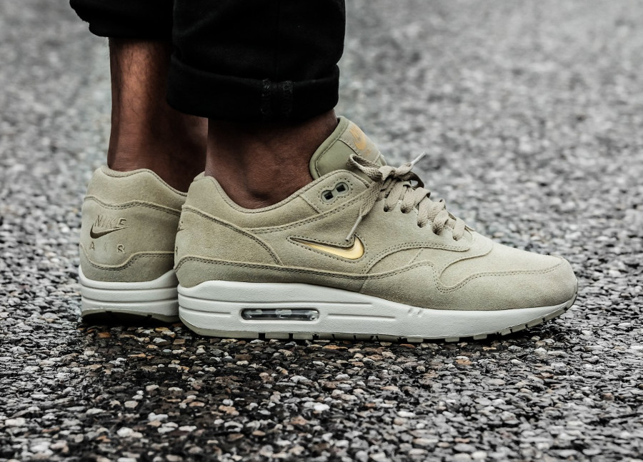 Nike Air Max 1 Premium SC Beige Neutral Olive Gold (2)