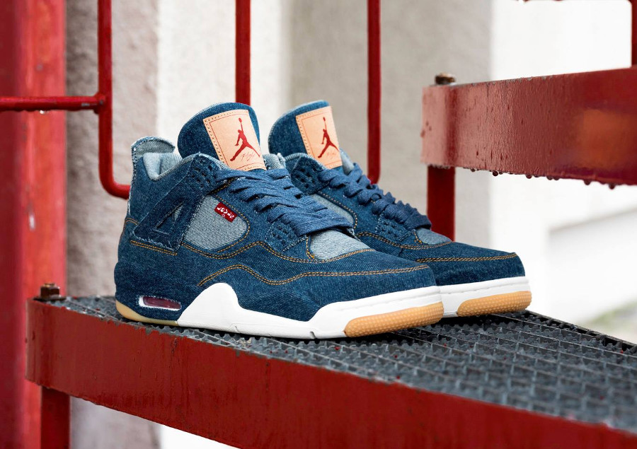 air-jordan-Iv-levi-s-jeans-bleu-AO2571 401 (2)