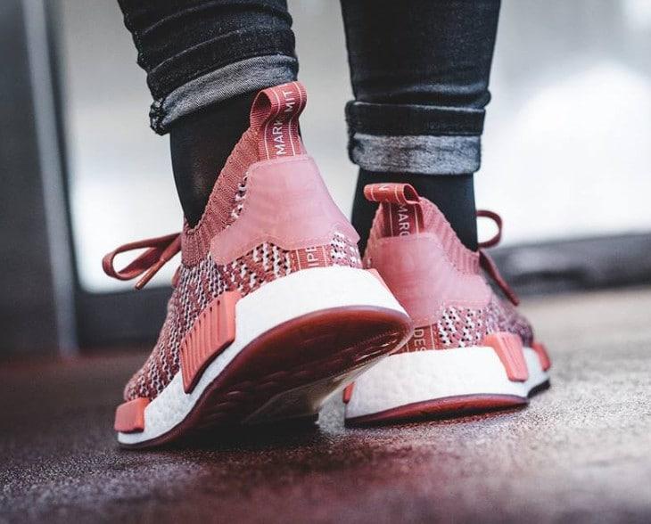 basket-adidas-nmd-r1-primeknit-stlt-w-ash-pink-CQ2028 (1)