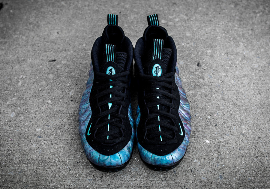 basket-nike-air-foamposite-one-prm-idescent-abalone-575420-009 (2)