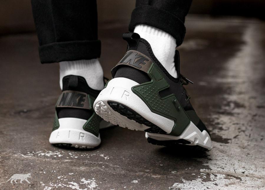 chaussure Nike Air Huarache Drift 2018 noire et verte (1)